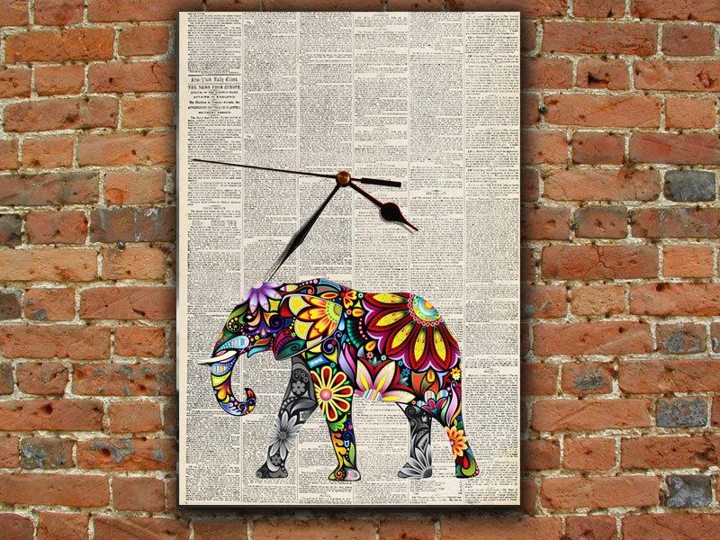 newspaper wall art ~ crafts and arts ideas