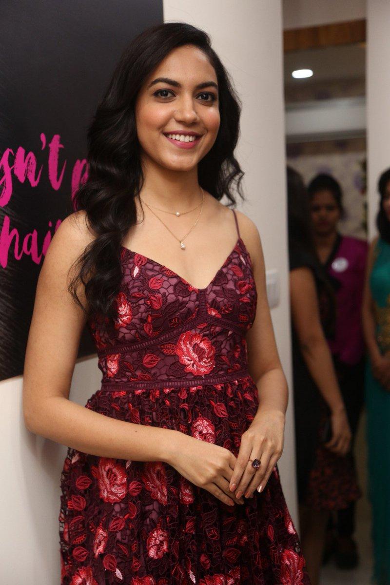 Actress RituVarma Latest HD Images