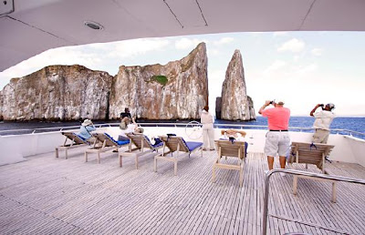 Tours Galápagos Yates de primera clase Crucero Catamarán Seaman II