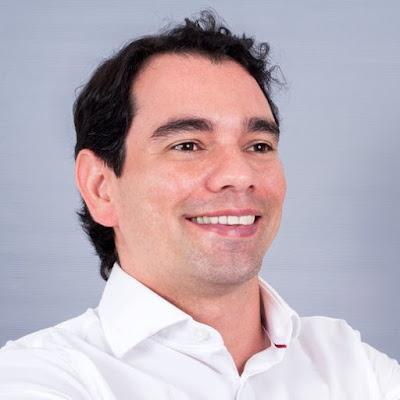 Resultado de imagem para imagem de gustavo soares prefeito de assu