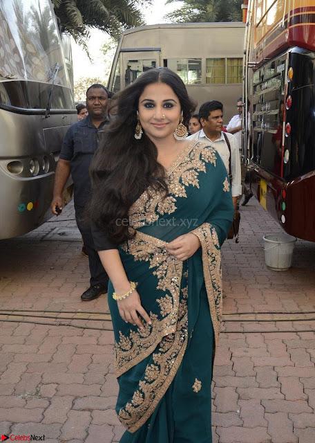 Vidya Balan looks super cute in Saree 001.jpg