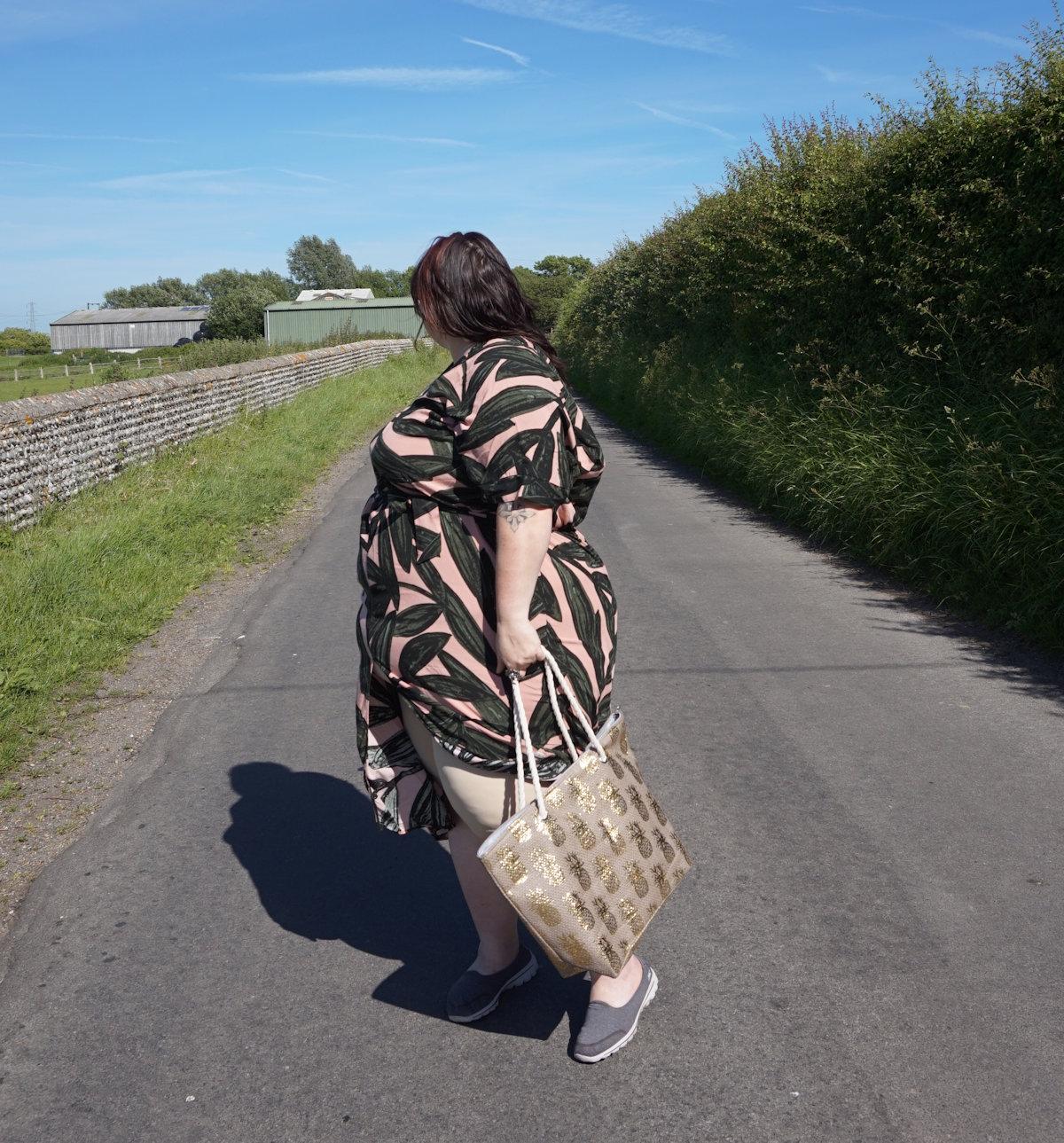 Monki oversized palm print dress // www.xloveleahx.co.uk