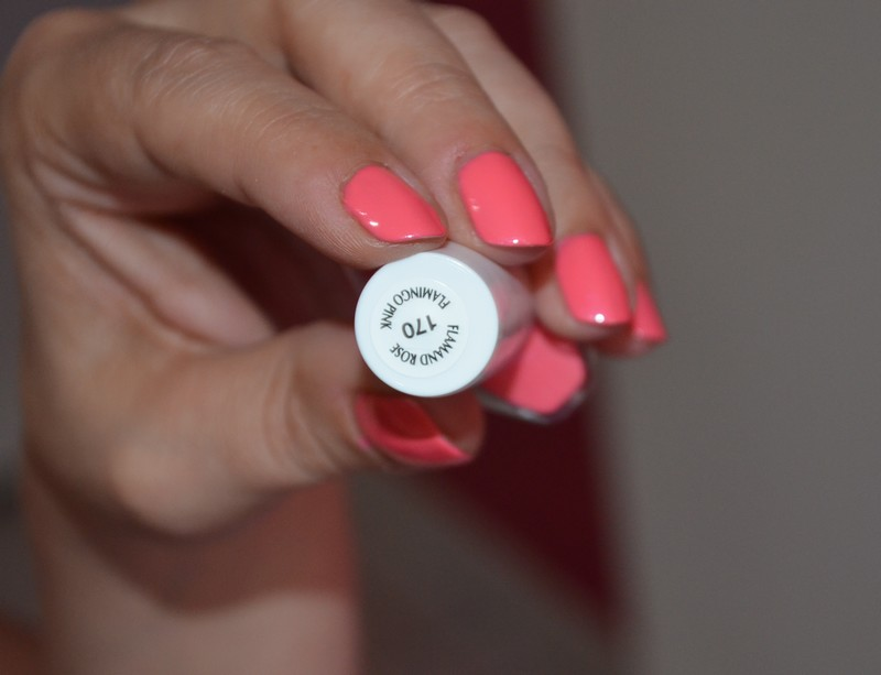 vernis flamand rose swatch, Vernis Maybelline Tenue & Strong Pro