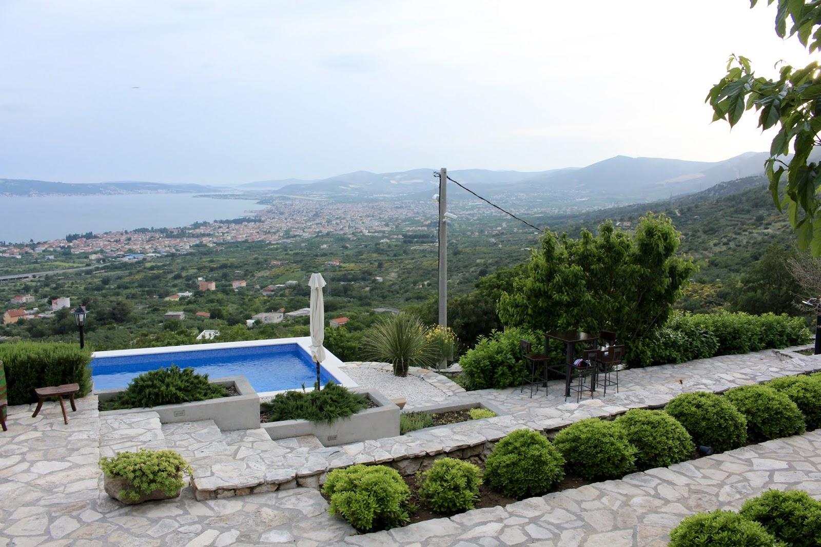 Villa Hill View - Terrassen und Pool