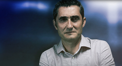 """Pelatih Barca: Ernesto Valverde"""