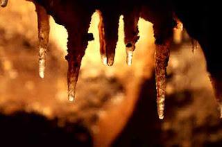 Water on stalactites