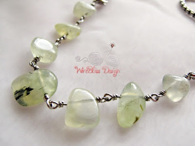 Minlace (Minima Necklace) with natural prehnite and box link stainless steel chain