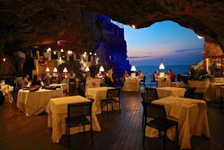 9. Grotta Palazzese Hotel, Puglia