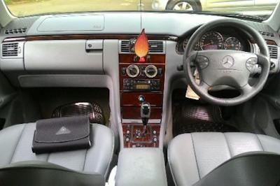 Interior Mercedes-Benz W210 Facelift