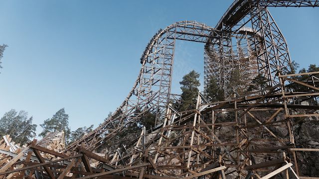 Photo of Wildfire Roller Coaster First Drop at Kolmarden Zoo in Sweden