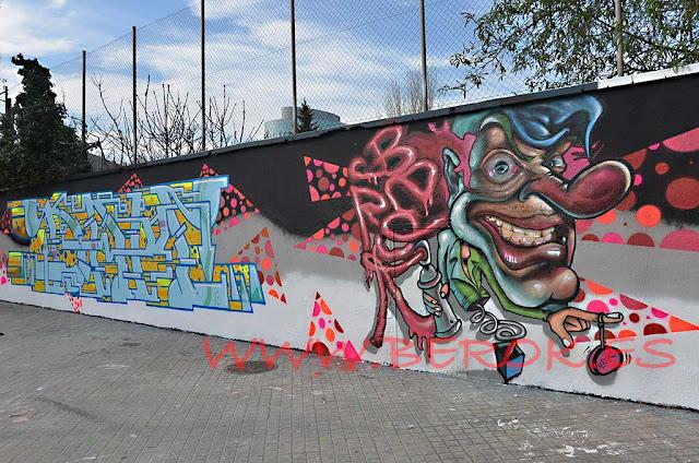 graffiti letras de Dam Trs y payaso por Berok