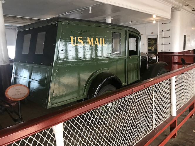 Eureka Ferry US Bank Car