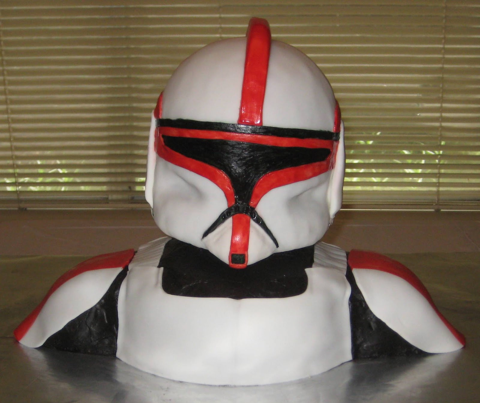 My Cake Corner: Star Wars Clone Trooper Cake