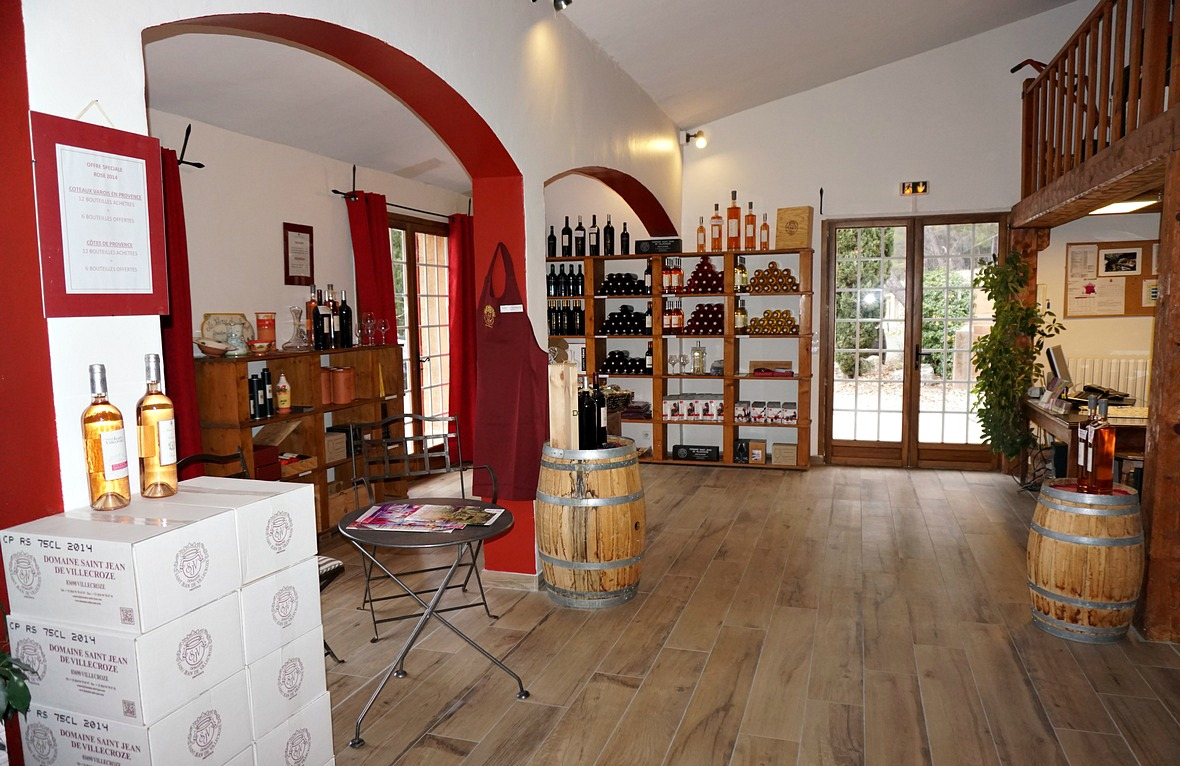 Shop and tasting room at Domaine Saint-Jean de Villecroze