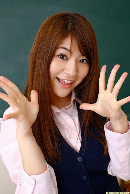 Megu Fujiura japanese idols 2 ~ Aruysuy