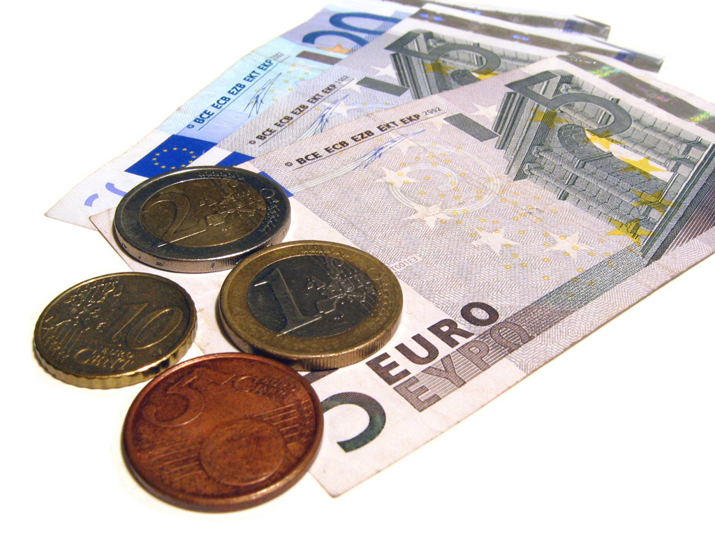 According To A Report On The Bbc British Pound Recently Secured Its Best Position In Relation Euro 2017 After 7 Month High Against