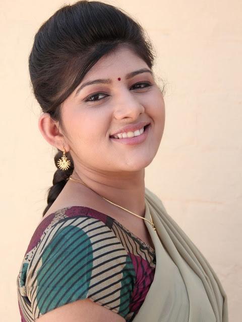 Sona Chopra in Thuttu