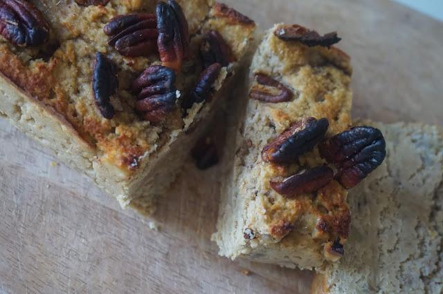 une_journée_dans_assiette_what_i_eat_in_a_day_recette_réequilibrage_alimentaire_healthy_manger_sain_vegan_menu_idee_rentrée_best_banana_bread