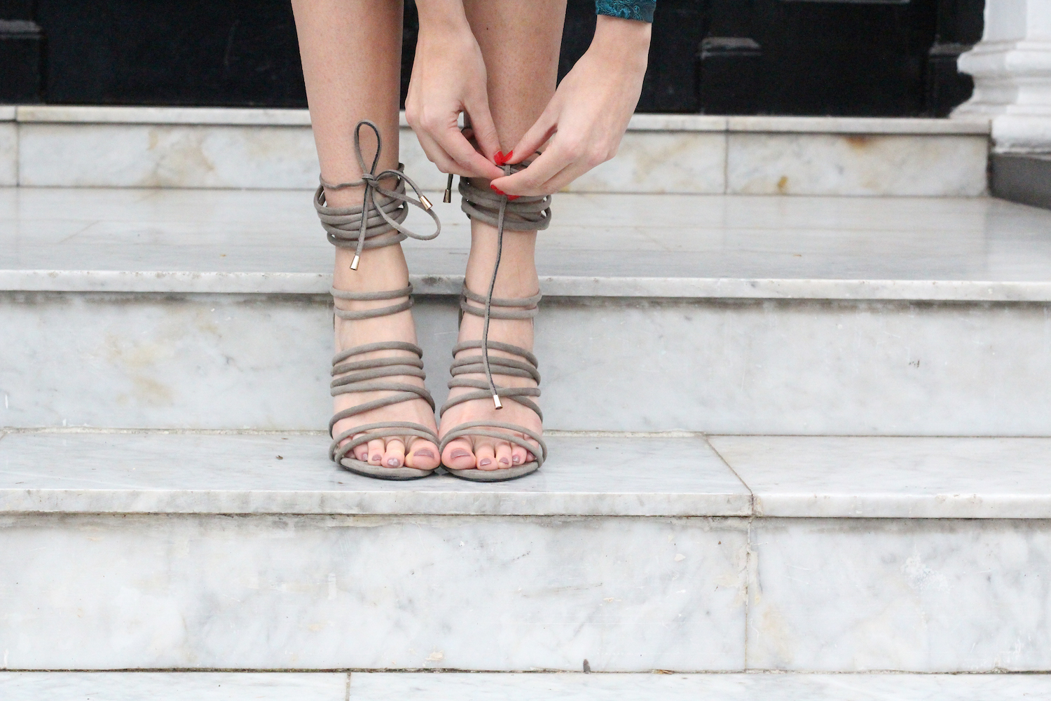 lace up heels from simmi shoes worn by peexo fashion blogger