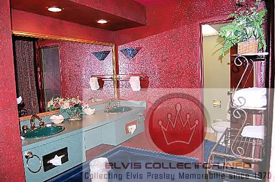 the elvis presley expert june 2016 rh theelvispresleyexpert blogspot com elvis presley bedroom furniture elvis presley bedroom and bathroom
