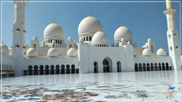 A Grande Mesquita Sheikh Zayed, símbolo de Abu Dhabi!