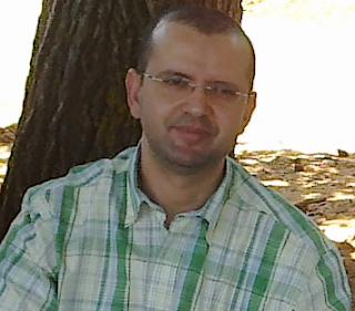 الأستاذ توفيق بنعمرو أستاذ مادة  الرياضيات بالثانوي التأهيلي