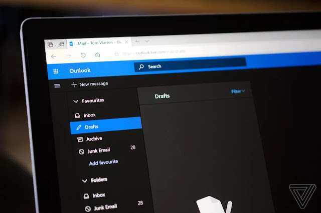 Dark Mode For Microsoft's Outlook.com Dark Is Available