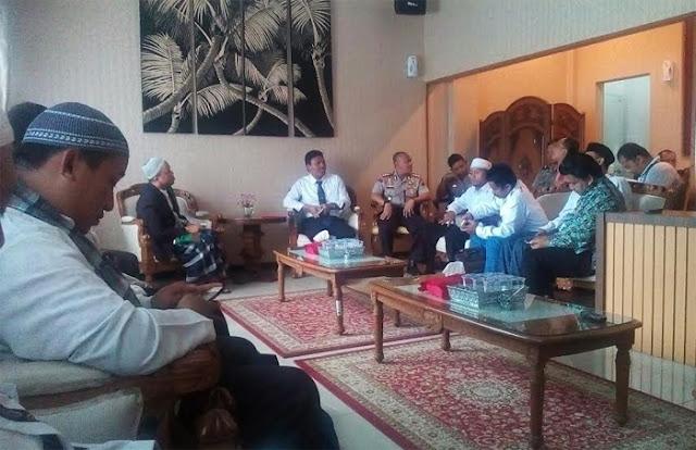 Gabungan Elemen Umat Islam Semarang menolak Perayaan Cap Go Meh