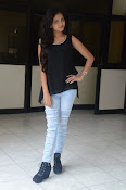 Shreya Vyas new glamorous photo session-thumbnail-2