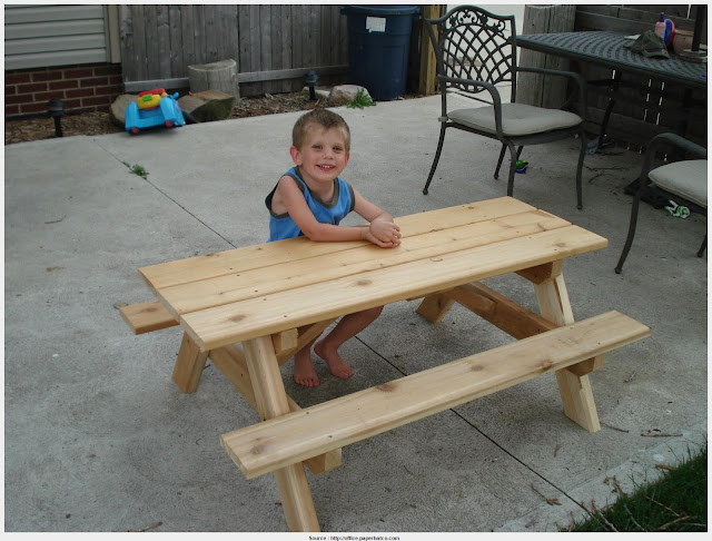 Marvelous Little Kids Picnic Table Pictures