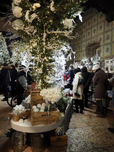 Vánoční trhy ve Veroně, Itálie / Christmas markets in Verona, Italy