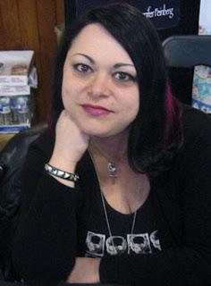serena valentino escritora americana