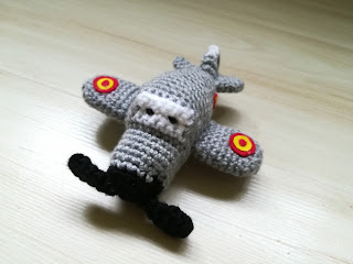 avion amigurumi crochet