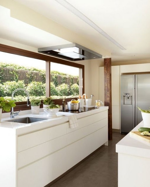Windows and Natural Light In Kitchens 2