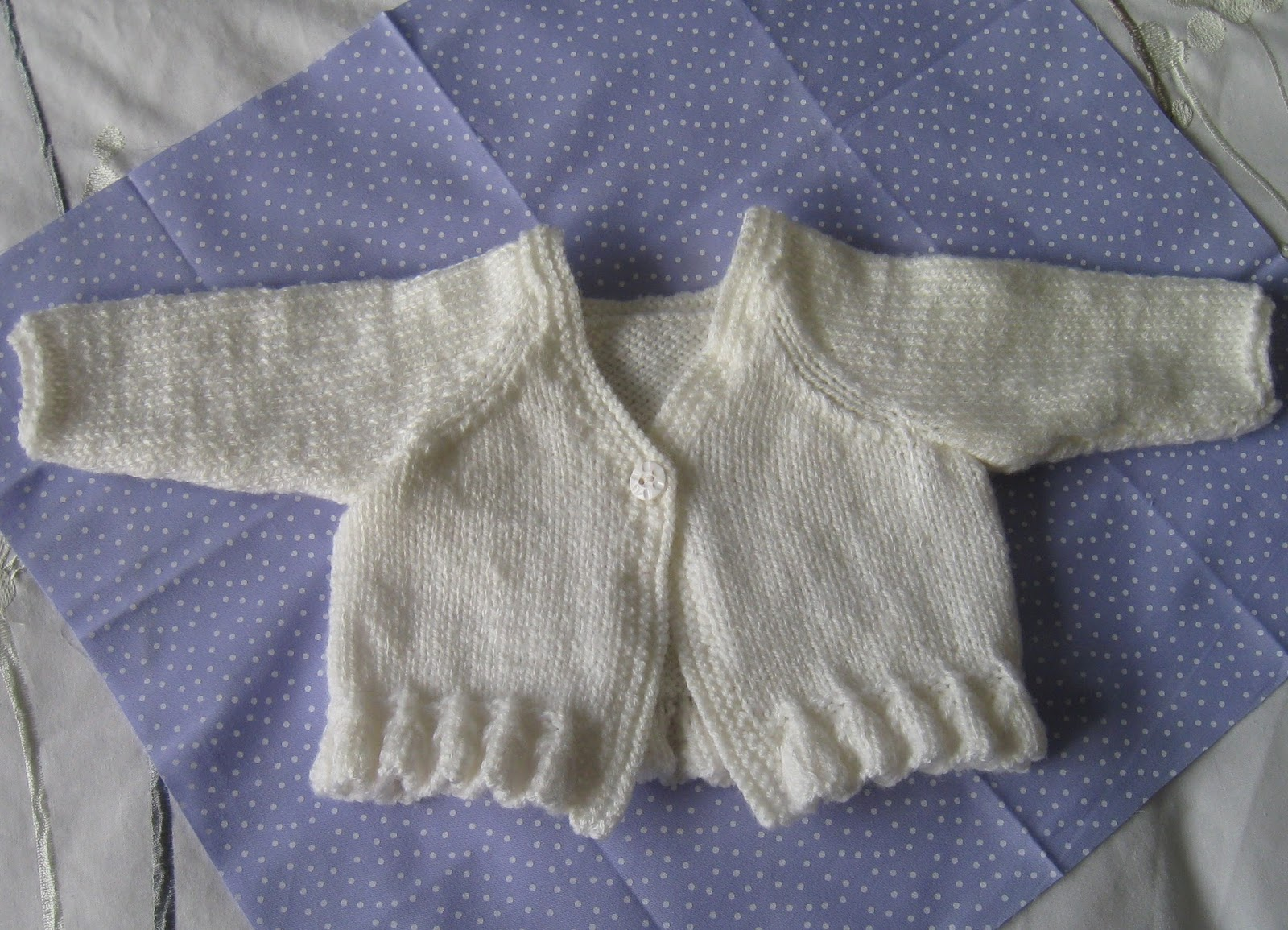 Knitting Pattern For Katie Morag Jumper : twiglet