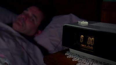 Ο Μπιλ Μάρεϊ ξυπνάει στη Μέρα της Μαρμότας / Bill Murray waking up in Groundhog Day