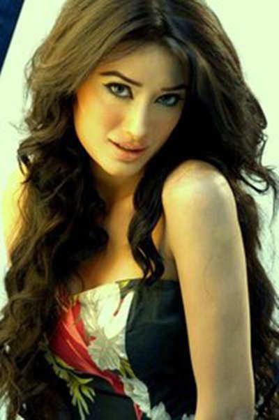 Mehwish Hayat | Pakistani models, Model, Pakistani actress