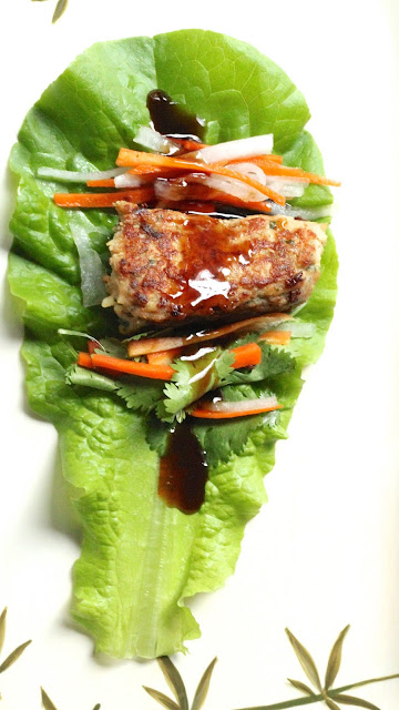 ETTUCE WRAPPED CHICKEN SAUSAGE WITH SOY-OYSTER DIPPING SAUCE