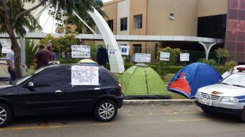 Guarda Civil de Aparecida de Goiânia (GO): aprovados protestam em frente à Prefeitura de Aparecida
