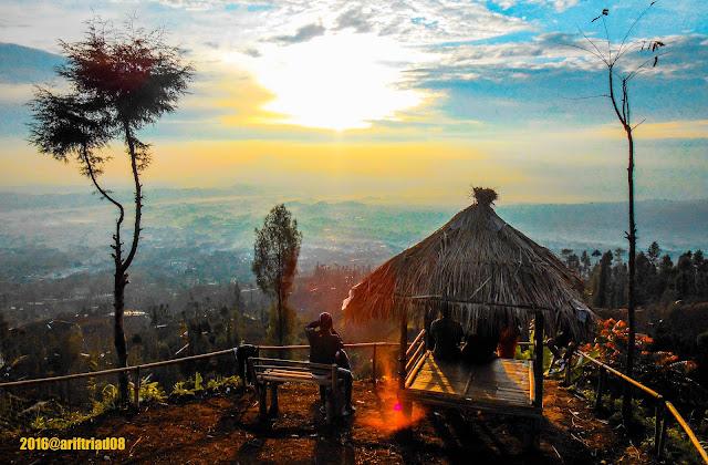 Wisata Alam Sindhumoyo - Top Sunrise Temanggung