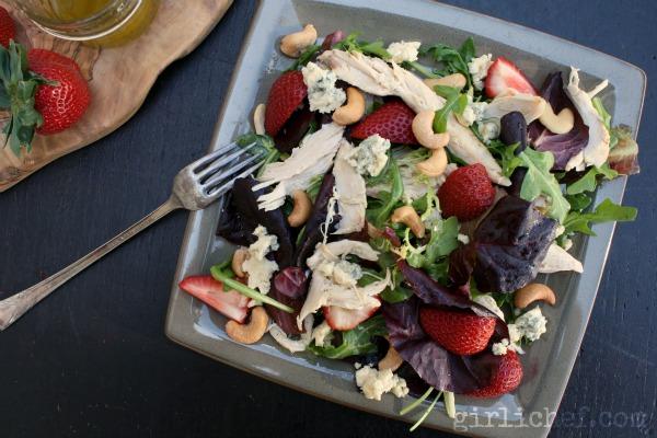 Chicken, Strawberry, & Tarragon Salad w/ Cashews & Cashel Blue | www.girlichef.com