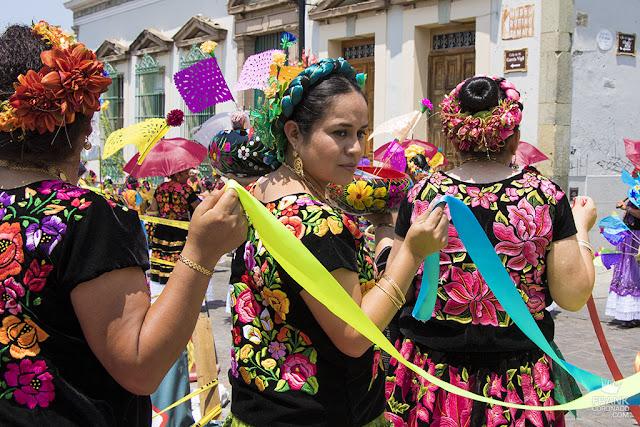 traje tipico de mujer tehuana