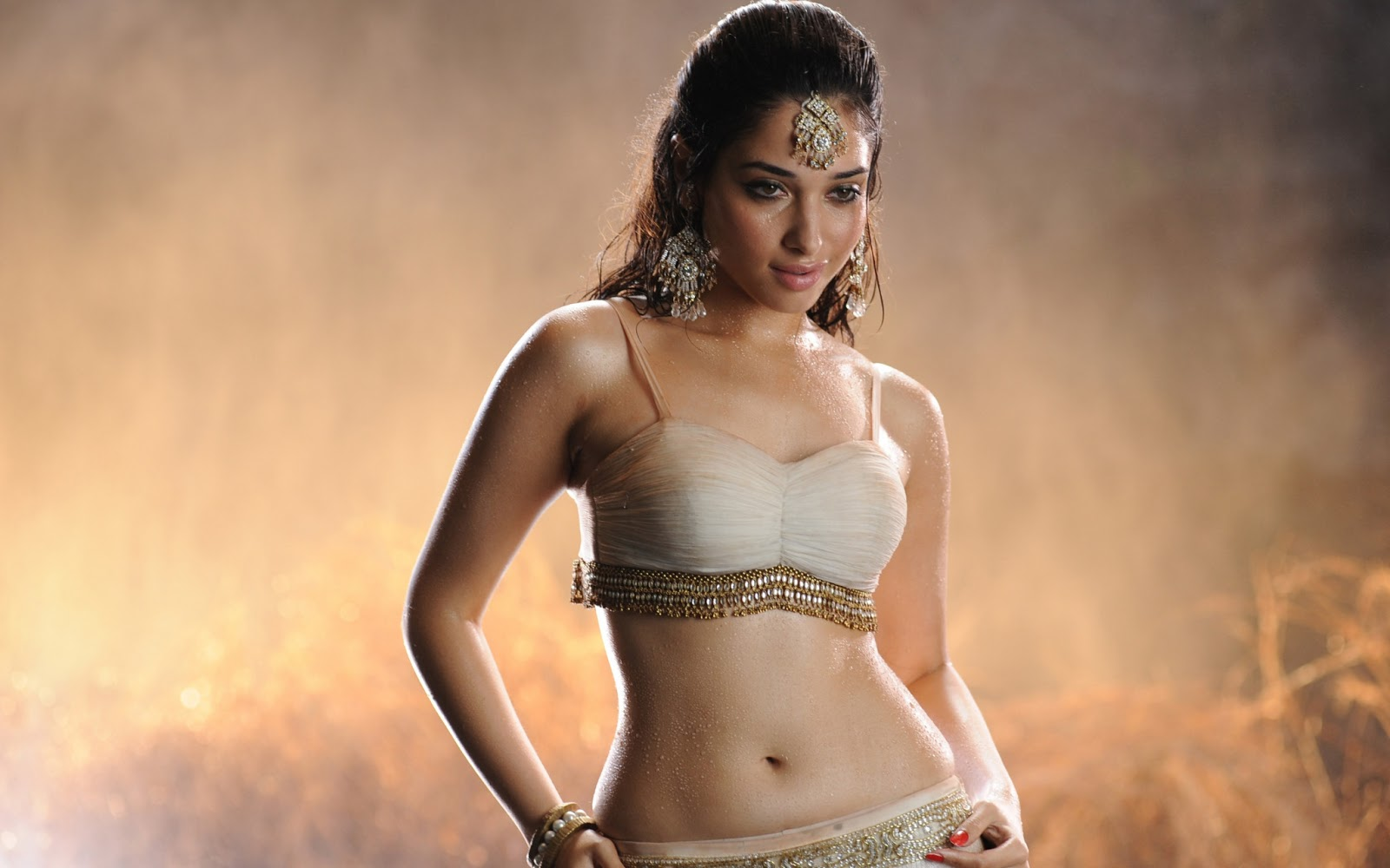 indian actress hot images download