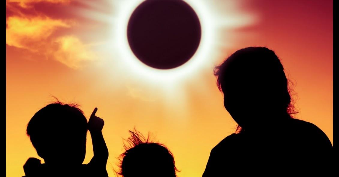 Image result for total solar eclipse 2017