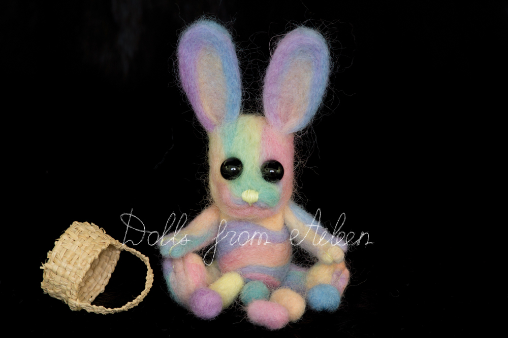 ooak needle felted Easter bunny and Easter eggs