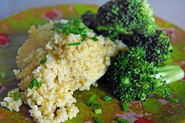 kasza jaglana z brokułami