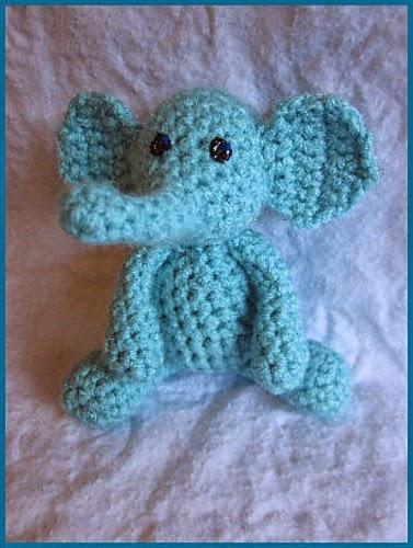 Happy Save the Elephant Day - 20 Free Elephant Crochet Patterns