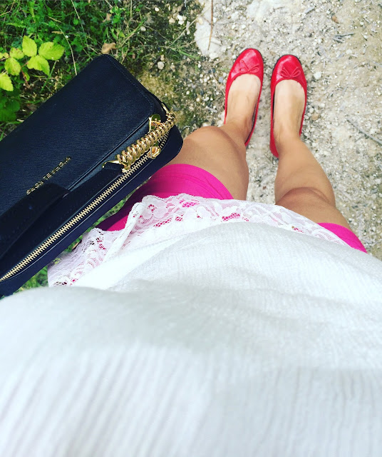 Bluzki bez ramion, Bonprix Off Shoulder Blouse, Off Shoulder Trend, Blogerka modowa Puławy, Adriana Style Blog, Stilnet Necklace, Links of London Bracelet, Michael Kors JetSet Bag