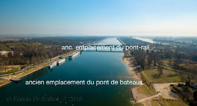 Pont de bateau et pont-rail de Brisach : tracé ancien