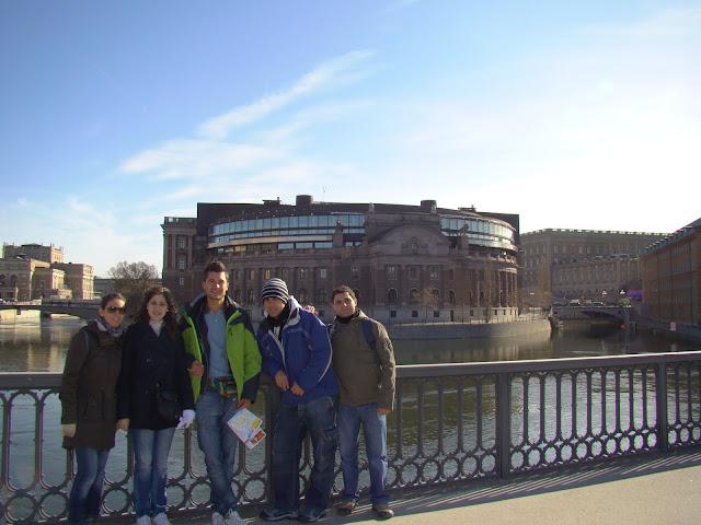 Delante del parlamento de Estocolmo